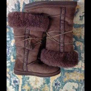 LL BEAN WICKED GOOD BROWN  SHEARLING BOOTS 8
